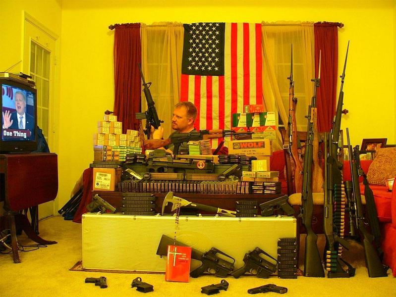 americano maluco idiota e armado